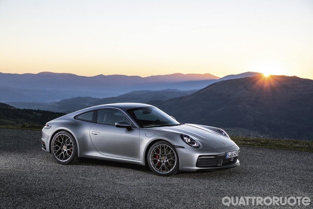 2018-Porsche-911-992-11.jpg