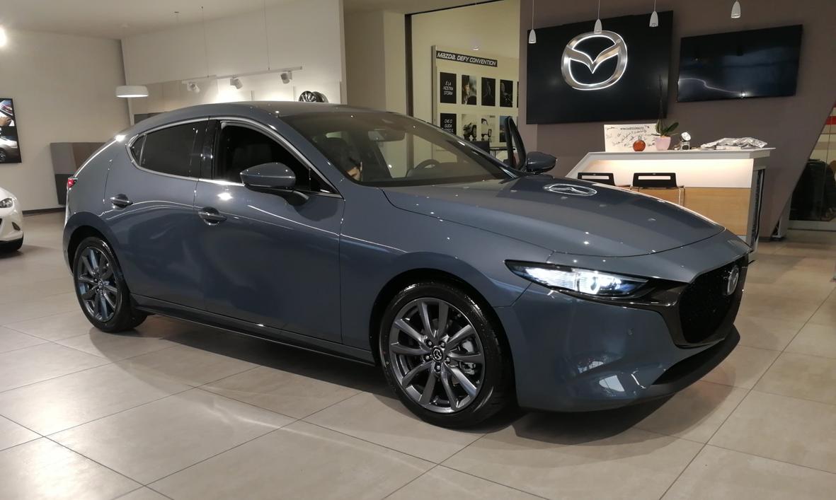 Mazda_3_2019_01.png