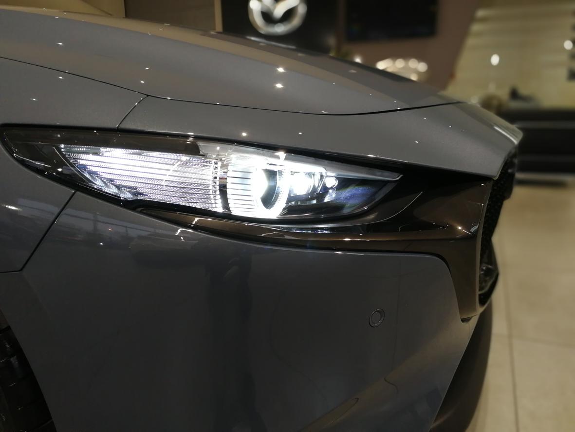 Mazda_3_2019_09.png