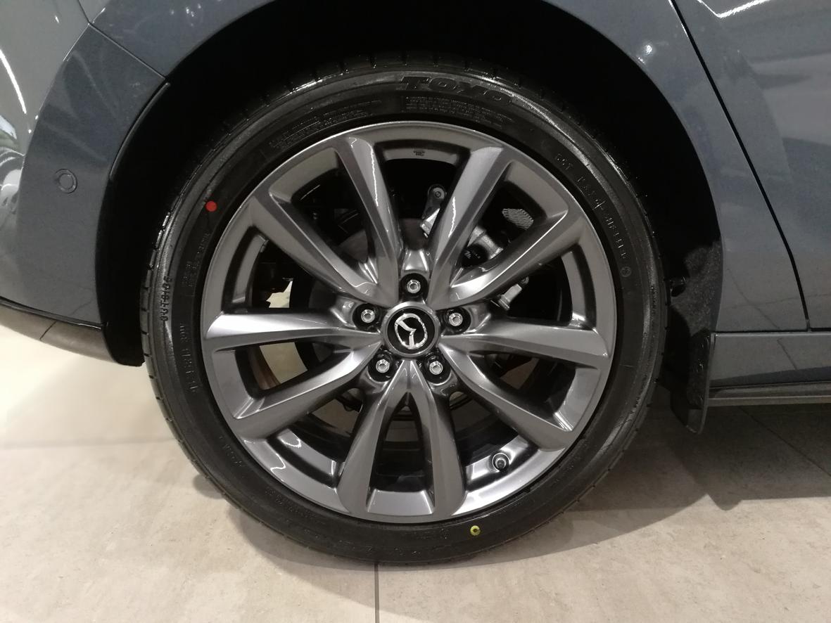 Mazda_3_2019_11.png