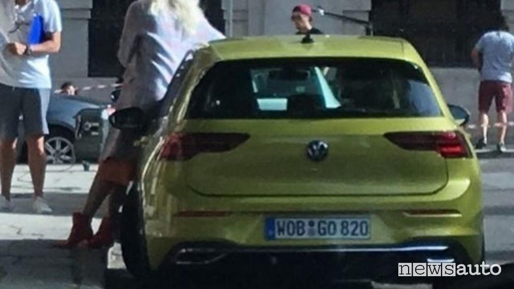 Volkswagen-Golf-8-posteriore.jpg