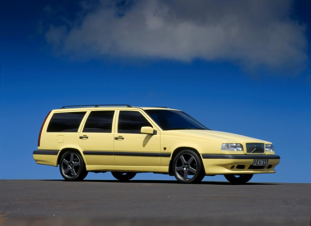 Volvo-850-T5R.jpg